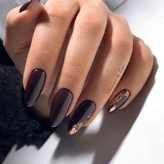 Long Nails Art Design Ideas in Fall & Winter Nagellack Ideen Chic Gold Nail Design Ideas Maroon Nail Designs, Gold Nail Designs, Maroon Nails, Burgundy Nails, Dark Purple Nails, Purple Gold, Pink, Manicure Nail Designs, Nail Manicure