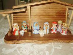 1987 Lucy & Me Nativity Set