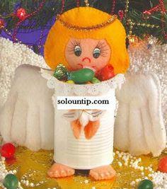 recicla latas y decora con fieltro ,haciendo así latas navideñas con angelitos.Diy