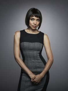 Camille Saroyan, Michelle Walton's adopted mom on the TV series Bones. I think Michelle adopted her because she is independant-minded. Camille is played by Tamara Taylor. Emily Deschanel, Biracial Women, Tamara Taylor, Bones Tv Show, Dr Bones, Vogue, Short Hair Styles, At Least, Beautiful Women