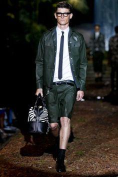 A green look - Dsquared2 Menswear Spring Summer 2014 Milan - NOWFASHION