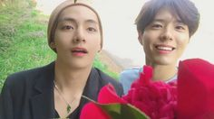 V of BTS and Park Bo Gum in Jeju Island, enjoying the beautiful spring   April 2017