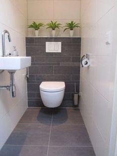 Bathroom Wall Storage, Bathroom Plants, Bathroom Wall Decor, Bathroom Styling, Bathroom Flooring, Bathroom Interior, Bathroom Ideas, Bathroom Organization, Bathroom Lighting
