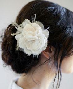 Adorable bridal hair piece!