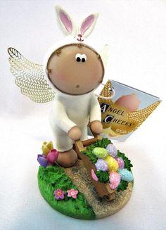 Angel Cheeks Bunny Wheelbarrow  Easter 2011 With Tag Free Gift Bag