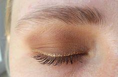 Canım arkadaşıma çok kolay bronz bir makyaj yaptım çok keyifliydi ben bayıldım bu makyaja😍😍 . . . . #makeup #makeupbyme #makeuptutorial #makeupaddict #makyaj #makyajblogu #makyajblog #türkbloggerlartakipleşiyor #makeuplover #makeupartist #gözmakyajı #eyesmakeup #turkblogger #eyeshadow #instamakeup #lovemakeup #beautyblog #makyajgunlugu #gözmakyajı