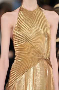 #women #fashion #trend #inspiration #style #metallics #gold