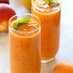 7 Beauty and Health Benefits of this Fruity Peach Mango Smoothie 1 It can shield against toxins 2 It can aid weight loss. 3 It keeps the eyes in good health. 4 It helps reduce fine lines and wrinkles. 5 It prevents and reduces hair loss 6 It prevents cancer and heart disease. 7 It is a stress reliever. To come up with this all you need are 2/3 cup of frozen peaches 2/3 cup frozen mango one tablespoon honey and 2/3 cup milk. Just blend all the ingredients together until smooth. Enjoy and stay…