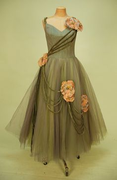Tulle evening dress 1950s