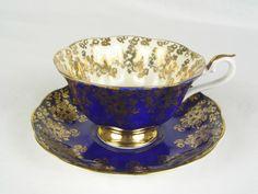 Royal Albert Empress series - Blue