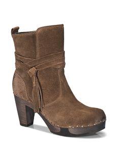 FINI Bailey cognac #softclox #clogs #munich #muc #FINIBailey #cognac #autumn #fall #shoes #fallshoes #classic #darksole #woddensole