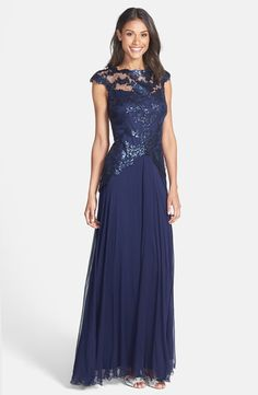 Tadashi Shoji Embroidered Bodice Tulle Gown Mother of the Bride / Groom Dress
