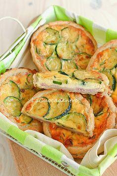 Mini quiche alle zucchine, Emmenthal e prosciutto cotto – La Cuoca Dentro