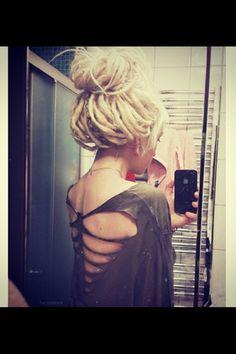 I think i want all my dreads back! Dreadlocks Dreadlocks, Sisterlocks, Braids, and More :: Love Your Locs at DreadStop.Com +dreadstop Blonde Dreads, Dreads Girl, Blonde Bun, Dreads Styles, Curly Hair Styles, Natural Hair Styles, Dread Hairstyles, Pretty Hairstyles, Sisterlocks