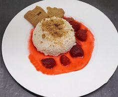 Spekulatius Panna Cotta – Very (iss)ima Panna Cotta, Breakfast, Ethnic Recipes, Food, Sweet Desserts, Almond Cookies, Dessert Ideas, Simple, Recipies