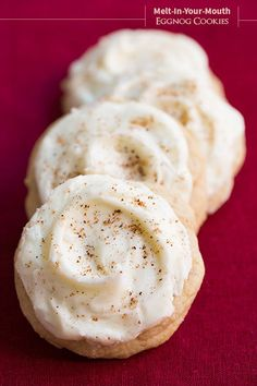 Melt-In-Your-Mouth Eggnog Cookies - these are my new favorite holiday cookie! Oh so good!!