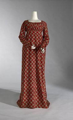 Dress (Round gown) (c. 1802) (ENGLAND) Medium printed cotton Place/s of Execution (England) Accession Number D111.a-b-1974