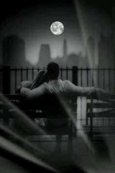 Photography Couples Intimate Night 42 New Ideas Romantic Couples Photography, Couple Photography Poses, Dark Photography, Black And White Photography, Night Photography, Photography Aesthetic, Photography Ideas, Cute Couple Pictures, Love Photos