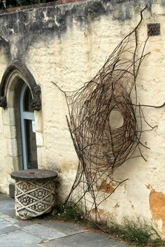 The weaving work in this piece is what I find to be interesting and fun process. Sculptor Wona Bae at Montsalvat tree limbs nest web circle nature outdoor sculpture Outdoor Sculpture, Outdoor Art, Sculpture Art, Garden Sculpture, Metal Sculptures, Abstract Sculpture, Bronze Sculpture, Land Art, Deco Nature