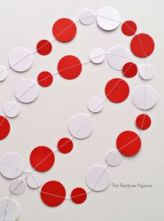 3m Red and White Paper Garland by The Rainbow Paperie #christmas #garland #decor
