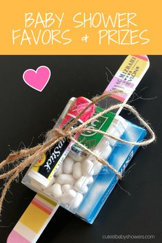 Easy Baby Shower Favors And Prizes! DIY ideas for cheap favors and prizes that guests will love! Baby Shower Game Prizes, Baby Shower Gift Bags, Cute Baby Shower Ideas, Simple Baby Shower, Baby Shower Party Favors, Shower Gifts, Baby Boy Shower, Baby Shower Decorations, Baby Shower Invitations