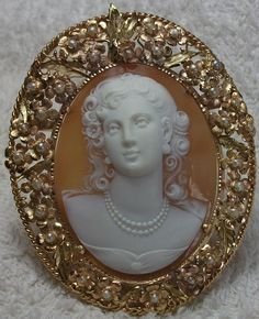 Front Face Portrait of a Lady:  Sardonyx Shell, 14k yellow, rose & green gold tested, seed pearls. Circa 1910/1920; Italy.