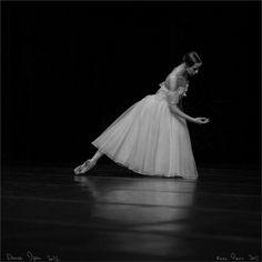 Kristina Kretova, Bolshoi Ballet. Photo (c) Mark Olich.