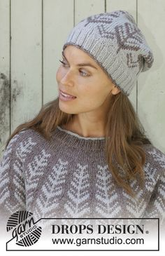 Knitted jumper with round yoke in DROPS Karisma or DROPS Merino Extra Fine. Piece is knitted top down with Nordic pattern. Size: S - XXXL Knitted hat in DROPS Karisma or DROPS Merino Extra Fine. Piece is knitted in the round with Nordic pattern. Fair Isle Knitting Patterns, Sweater Knitting Patterns, Free Knitting, Finger Knitting, Scarf Patterns, Knitting Machine, Drops Design, Crochet Woman, Knit Crochet