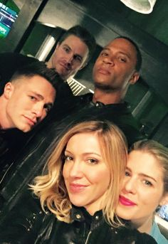 Here are some new pics of Stephen Amell, Emily Bett Rickards, David Ramsey, Colton Haynes, Katie Cassidy and Grant Gustin on the set of Arrow.  More after the jump! –