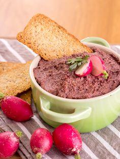 PATÉ VEGANO | Este tapenade de aceitunas kalamata es una receta muy gustosa. Tiene un sabor intenso que gustará a los amantes de la gastronomía griega.