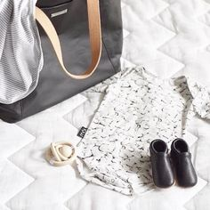 Gorgeous baby bags from  @storksak The award-winning Noa is perfect for packing away all your little ones goodies for the day how cute is this little outfit?  Thanks for sharing @nicole.corrigan  #storksaknoa #babyfashion