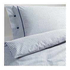 IKEA - NYPONROS, Pussilakana + 1 tyynyliina, 150x200/50x60 cm, , Lankavärjätty: lanka on värjätty ennen kutomista, minkä ansiosta vuodevaatteet ovat pehmeät.Ohuesta ja laadukkaasta langasta tiiviisti kudotun puuvillan ansiosta vuodevaatteet ovat pehmeitä ja kestäviä.Koristeellisten, kangaspäällysteisten nappien ansiosta peitto ja tyyny pysyvät hyvin paikoillaan.
