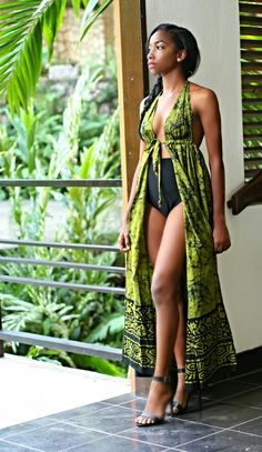 Dear Fashion Savvy Ladies, We are writing to let you know that kente has come to impress us with amazing designs. Kente is not as common as Ankara which makes it an appealing fabric. African Attire, African Wear, African Women, African Dress, African Style, African Inspired Fashion, African Print Fashion, Africa Fashion, African Prints
