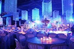 WOW! Spectacular picture and elegant look. Love the chandeliers.. #events