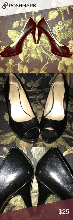 Nine West black sparkle peep toe pumps Nine West black sparkle peep toe patent leather pumps excellent used condition. Inside where it says Nine West is worn but otherwise no visible scuffs or scratches Nine West Shoes Heels