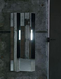 Kingdom Mirror by GlasItalia - Via Designresource.co
