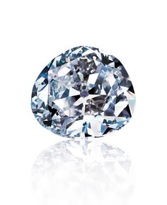 The 70.20 ct Idol's Eye was probably mined in India's famed Golconda district – the same area where the Hope Diamond and other famous diamonds were discovered. Its color grade is Very Light blue, and its clarity is VVS1.