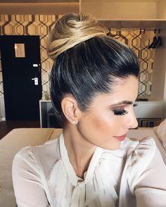 Amei demais esta produção  Make @makeup_isabellacarvalho e hair @danifatala  Hot or Not?