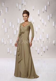 Chiffon A-line Queen Anne 3/4 Length Sleeve Natural Floor-Length Mother Of The Bride Dresses