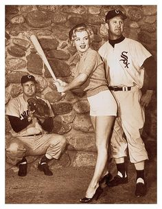 It's not just about Marilyn, though she definitely adds to the pic, but the Sox unis are stellar.