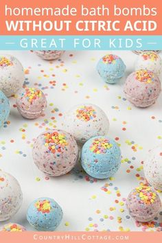 DIY bath bombs without citric acid are a great homemade bath bomb recipe for kids. Easy vegan natural bath fizzies can be custimised with essential oils. Organic Bath Bombs, Natural Bath Bombs, Essential Oil Bath Bombs, Essential Oils, Bubble Bath Bomb, Best Bath Bombs, Homemade Bath Bombs, Diy Bath Bombs Easy, Bombe Recipe