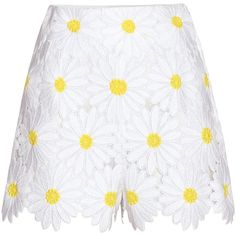 Dolce & Gabbana Lace Shorts (71.450 RUB) ❤ liked on Polyvore featuring shorts, skirts, white, lacy shorts, white shorts, lace shorts and white lace shorts