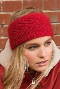 Schick durch den Winter: #Stirnband mit Glitzerfaden stricken #kostenlose #Strickanleitung / free knitting tutorial for fancy hair accessoire via woolplace.de