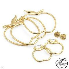APPLE BOTTOMS Jewellery set. Bracelet, Earrings, Made in Gold Plated Base for R1.00