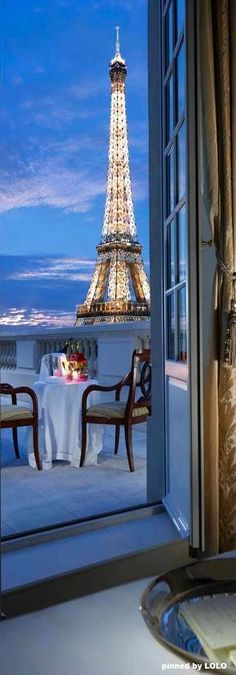 Shangri-La Hotel, Paris, para cenar
