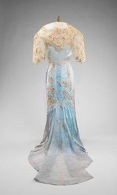 Ensemble Date: Culture: Philippine Medium: piña, metal, silk. Philippines Outfit, Philippines Fashion, Historical Costume, Historical Clothing, Vintage Gowns, Vintage Outfits, Corsage, Vintage Vogue, Vintage Fashion