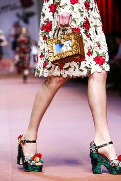 Dolce & Gabbana Ready To Wear Fall Winter 2015 Milan - NOWFASHION