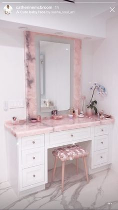 Image about pink in @catherinemcbroom by k on We Heart It Dream Home Design, Home Interior Design, Diy Furniture Easy, Cute Room Decor, Glam Room, Dream Rooms, House Rooms, Bedroom Decor, Catherine Paiz
