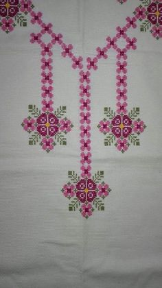 This Pin was discovered by nil Hardanger Embroidery, Cross Stitch Embroidery, Embroidery Patterns, Cross Stitch Charts, Cross Stitch Designs, Cross Stitch Patterns, Easy Crochet Patterns, Crochet Stitches, Motifs Perler