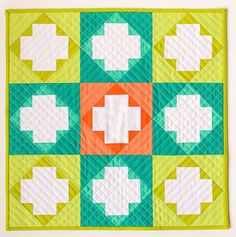 the fantastic color choices in this copper boom mini quilt by amanda lipscomb
